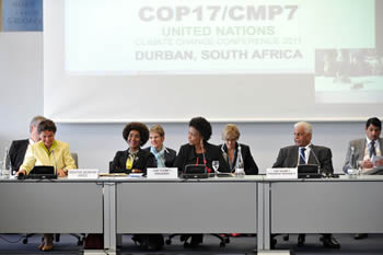 Minister Maite Nkoana-Mashabane at the COP17/CMP7 Informal Ministerial Meeting on the Durban Platform for Enhanced Action Meeting, Bonn, Germany, 4-5 May 2012.