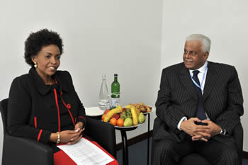 Bilateral Meeting between Minister Maite Nkoana-Mashabane and President of COP17; and Mr Abdullah bin Hamad Al-Attiyah the Deputy Prime Minister of Qatar, incoming COP18 President, Bonn, Germany, 4-5 May 2012.