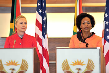 Minister of International Relations and Cooperation, Ms Maite Nkoana-Mashabane with United States Secretary of State, Ms Hillary Rodham-Clinton, during a Press Conference, Pretoria, South Africa, 7 August 2012.
