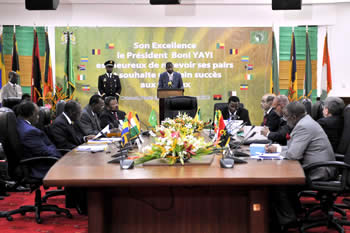 Wide view of the AU Heads of State and Government Ad-hoc Committee on the Election of the Members of the African Union Commission Meeting, Cotonou, Benin, 14 May 2012.