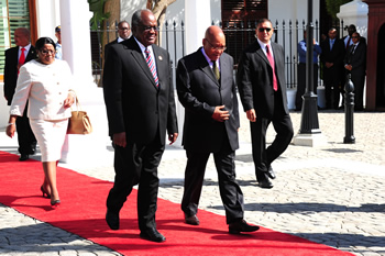 President Jacob Zuma hosts President Hifikepunye Pohamba of Namibia on a State Visit, Cape Town, South Africa, 6 November 2012.