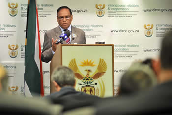 Deputy Minister Ebrahim Ebrahim briefs the media on international issues namely Syria and Egypt, Pretoria, South Africa, 06 September 2013.