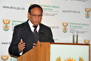 Deputy Minister Ebrahim Ebrahim briefs the media on current international developments, Pretoria, South Africa, 25 July 2013.
