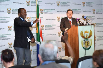Deputy Minister Landers briefs the media on international developments focussing on efforts within the SADC region to entrench democratic governance, Pretoria, South Africa, 25 September 2014.