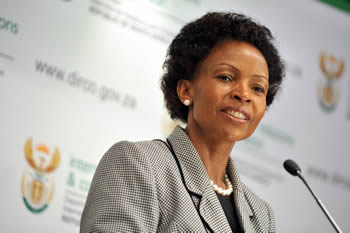Minister Maite Nkoana-Mashabane addresses the media on international issues. She discusses issues around her visit to Europe and the upcoming visit of President Barack Obama of the United States of America to South Africa, Pretoria, South Africa, 25 June 2013.