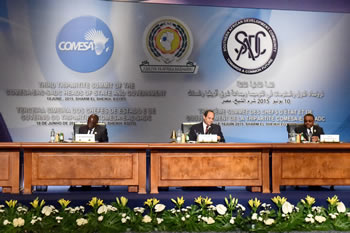 H E President Robert Mugabe of Zimbabwe and the Chairperson of SADC, and H E President Fattha el-Sisi of Egypt study their notes at the commencement of the Third COMESA-EAC-SADC Tripartite Summit, Sharm El Sheikh, Egypt, 7-10 June 2015.
