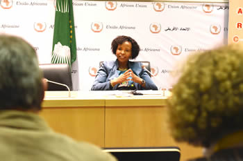 Minister Maite Nkoana-Mashabane briefs the South African media on issues to be discussed at the 24th Ordinary Summit of the African Union (AU), Addis Ababa, Ethiopia, 27 January 2015.