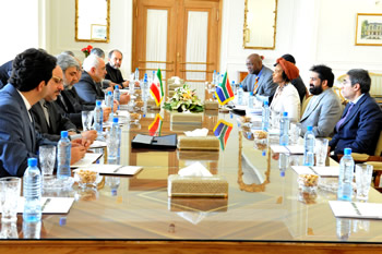 Bilateral Meeting between Minister Maite Nkoana-Mashabane and her Iranian counterpart, Foreign Minister Mohammad Javad Zarif Khonsari, before the start of the South Africa - Iran Joint Commission, Tehran, Islamic Republic of Iran, 10 May 2015.