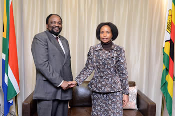 Minister Maite Nkoana-Mashabane meets with the Foreign Minister of Zimbabwe, Simbarashe Mumbengegwi, ahead of the State Visit of President Robert Mugabe to South Africa, in Pretoria, South Africa, 7 April 2015.