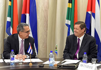 Deputy Minister Luwellyn Landers with the First Deputy Minister of Cuba, Mr Medina Gonzàlez, Pretoria, South Africa, 23 May 2016.