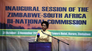 Minister Maite Nkoana-Mashabane co-chairs the Inaugural Ministerial Session of the South Africa - Zimbabwe Bi-National Commission (BNC) together with the Minister of Foreign Affairs of Zimbabwe, Mr Simbarashe Mumbengegwi, Harare, Zimbabwe, 2 November 2016.