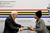 Minister Maite Nkoana-Mashabane and the Minister of Foreign Affairs of the Islamic Republic of Iran, Javad Zarif, at the 13th Joint Commission between the Republic of South Africa and the Islamic Republic of Iran, Pretoria, South Africa, 23 October 2017.