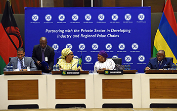 Minister of Defence and Military Veterans, Ms Nosiviwe Noluthando Mapisa-Nqakula, with the Foreign Minister of Angola, Mr Georges Chikoti, and the SADC Executive Secretary, Dr Stergomena Lawrence Tax, during the SADC Ministerial Meeting, 15 September 2017.